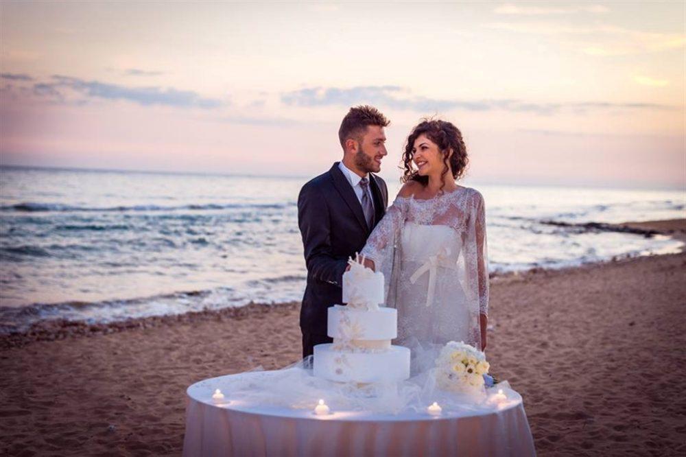 Matrimonio Spiaggia Ricevimento : Matrimonio in spiaggia comes sposa